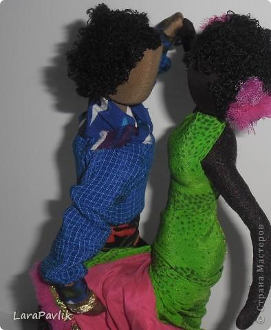 Взяв за основу технологии изготовления традиционной русской куклы,дополнив её своими технологиями,я изготавливаю куклы,которые не имеют лица,но имеют образ. фото 1