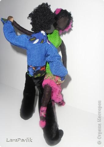 Взяв за основу технологии изготовления традиционной русской куклы,дополнив её своими технологиями,я изготавливаю куклы,которые не имеют лица,но имеют образ. фото 2