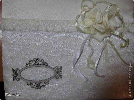 Второй мой свадебный альбом для пожеланий молодожёнам. Розы из лент на обложке. фото 4