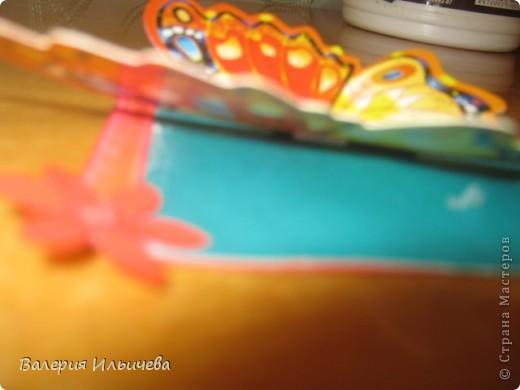 Вот такие объемные бабочки.Карточки АТС. Приглашаю: http://stranamasterov.ru/user/93460  http://stranamasterov.ru/user/102055 С удовольствием обменяюсь на карточки АТС, наклейки,скрапности,дырокольчики и прочие штуки для рукоделия. фото 7
