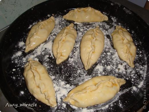 Аргентина – страна, где настоящие эмпанадас (эдакие аргентинские пирожки) превратились в символ. Каждый район страны имеет собственный рецепт их приготовления, в зависимости от привычек и традиций. Более того, в каждой аргентинской семье вкус эмпанадас отличается друг от друга! фото 17