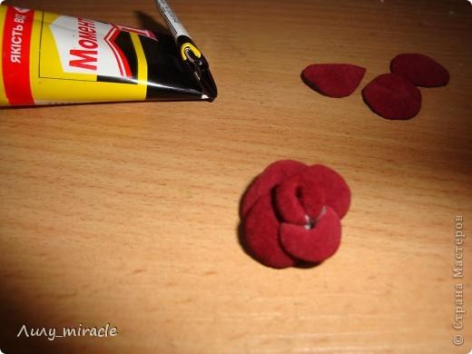 Роза из кожи фото 11