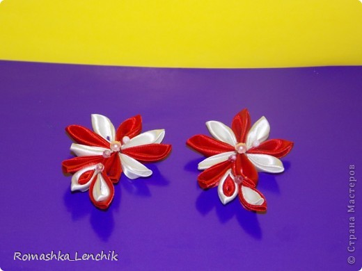 вот такие цветочки  у меня получились.  подарчек на скорую руку ;)