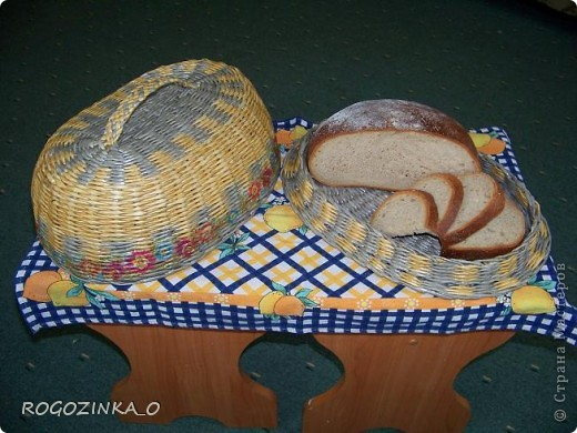 Предлагаю Вашему вниманию мои хлебницы. Нашло на меня такое вдохновение и вот что из этого получилось. Моя первая хлебница. Размер- 25х39 см. фото 11