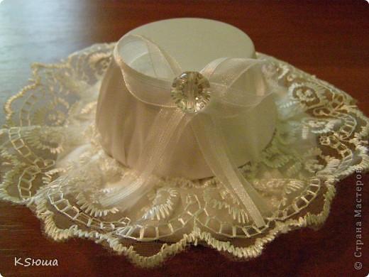 Подарок для крестницы!!!Веер из одноразовых вилок и шляпка(заколочка)!Фото на модели выложу позже!!!:о) фото 3