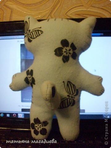 Ураааааааааа!!!Теперь и у меня есть интерьерные кошечки))) Научили меня делать выкрайку и шить вот таких кошек по МК Ольги Качуровской, спасибо ей за такой доступный МК.))) фото 5