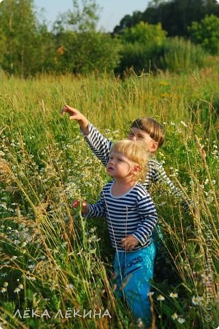 """Показать хочу вам творчество своего старшего сынишки (5,5. лет) - сегодня глядя на полученные мамой конвертики,тоже сидел - пыхтел...скрапил:) вот такие 2 у него получились... Первую он назвал """"Птички""""для Алиса.Ру, вторая """"Морские драконы""""для сынишки - Алеше Елены Поляковой:) фото 4"""