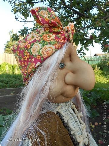 Решила сделать Бабусю-Ягусю на огород. Молодая получилась фото 4