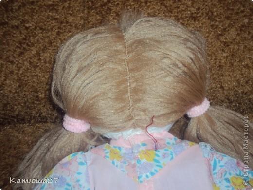 """у нас в садике каждый год проходит конкурс""""мамины руки не знают скуки"""",вот моя самая первая игрушка которую я делала(платье позаимствовали у другой куклы) фото 2"""