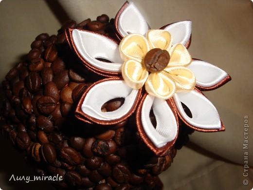 Наверное, каждый мастер уже сотворил хоть один кофейный топиарий. Я делаю их на заказ, например. Вдохновляюсь работами наших мастериц) фото 4