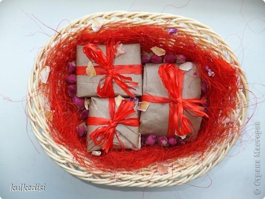 Набор мыла в подарок. Цвета в реальности ярче, чем на фото. Сайт искажает. фото 1