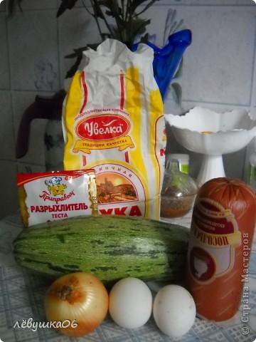 сегодня у нас на ужин кексики с салатиком(яйцо, свежий огурец и п/к колбаска) фото 2