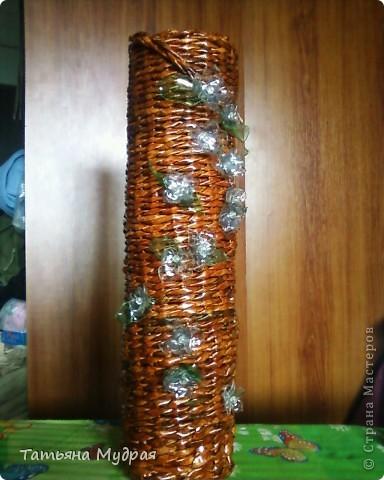 Это напольная ваза. Цветы из пластмассовой бутылки. фото 1