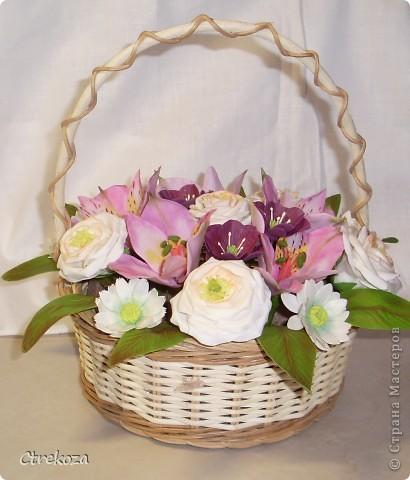 Цветы в корзинке фото 3