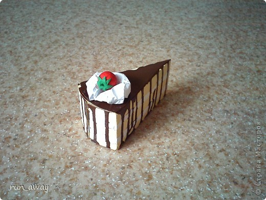 вот такой вот тортик у меня получился=) правда не знаю что и кому дарить, просто очень уж хотелось сделать его=))) фото 3