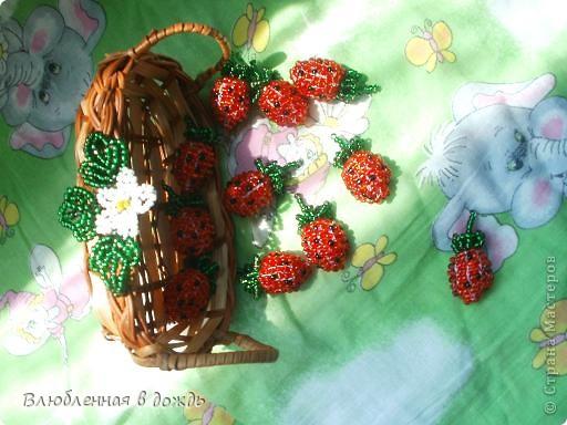 А вот и мои самые любимые ягодки- клубнички:  фото 4