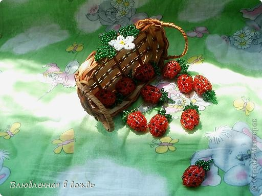 А вот и мои самые любимые ягодки- клубнички:  фото 6
