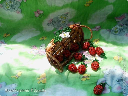 А вот и мои самые любимые ягодки- клубнички:  фото 7