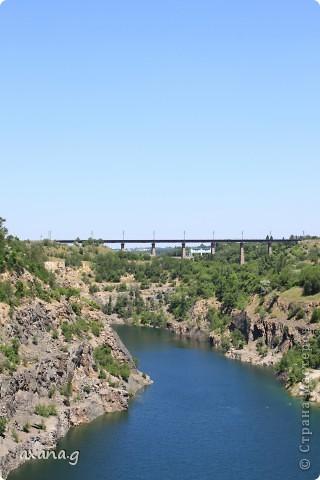 Живу я в большом промышленном городе Кривой Рог. У нас есть очень много  красивых мест где можно пообщаться с природой. Приглашаю вас на прогулку. Вот одна из наших рек Ингулец. фото 5