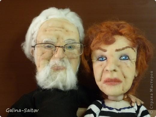 Текстильные куклы или куклы из чулка. Эта пара уже не молодых людей вместе уже 53 года. И что интересно, день рождение у них в один день, и даже день свадьбы в этот же день фото 2