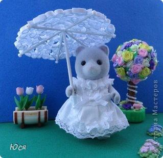 Зонтик в технике Квиллинга и платье для медведицы. фото 1