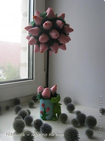 Мой первый топиарий из искусственных цветов)))  Помоему, получился))) фото 10