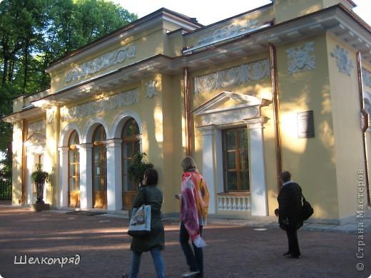 Одно из чудеснейших мест в Санкт-Петербурге - Летний сад, в котором находится Летний дворец Петра Первого. фото 2