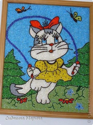 Картина из бисера на клею своими руками