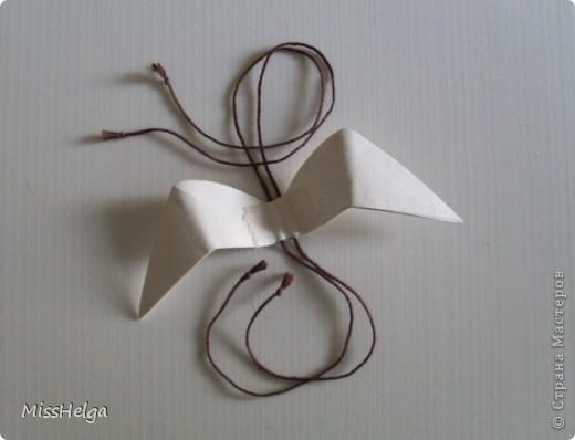 что нам понадобится: клей ПВА для дерева или универсальный плотная бумага(упаковочная/ватман/для черчения или т.п.) пряжа,на ваш вкус фото 6