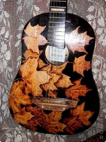Пирография на гитаре. Та самая, что и на Аве. фото 1