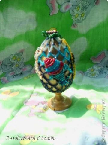 А это яйцо, было сделано, несколько лет назад, но я все забывала его сфотографировать. На самом верху, у нас черепашка, Чуть ниже- морская звезда: фото 2