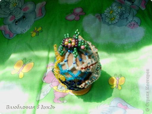 А это яйцо, было сделано, несколько лет назад, но я все забывала его сфотографировать. На самом верху, у нас черепашка, Чуть ниже- морская звезда: фото 4
