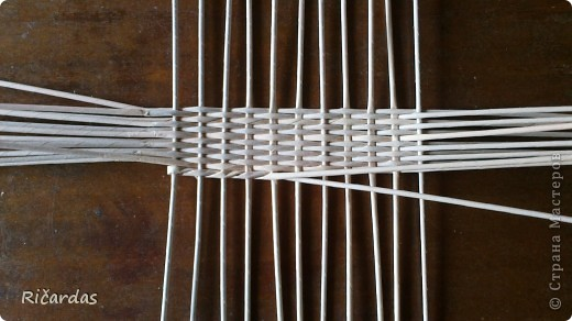 Вот решил попробовать и овальную хлебницу... Длина-40 см, ширина-25 см, высота без ручки-16 см,  фото 3