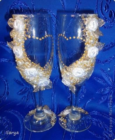 """Наконец-то, путем долгого изучения различных МК, обсуждений, поисков нужных материалов и т.д. и т.п. я сделала этот свадебный комплект, по заказу родственницы! Пожелание было: белые цветы и побольше отделки """"под золото"""" фото 3"""