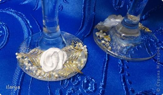 """Наконец-то, путем долгого изучения различных МК, обсуждений, поисков нужных материалов и т.д. и т.п. я сделала этот свадебный комплект, по заказу родственницы! Пожелание было: белые цветы и побольше отделки """"под золото"""" фото 4"""
