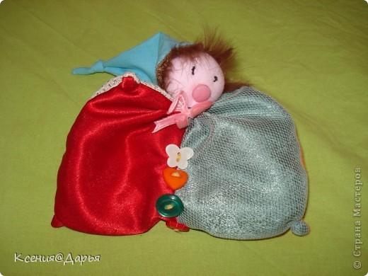 """Занимательная игрушка, хороша для развития малыша.Всегда с нам: и поездке на отдых, и в гости, дома и на улице.За отличную  идею спасибо сайту Анны Румянцевой """"мама шьет"""" http://www.invitemaster.ru/go/AC2ROFJ1V74NX2Z1343228370"""