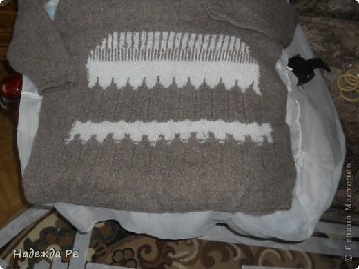 долго в магазинах искала кофту на зиму,но везде только синтетика.пришлось достать деревенскую пряжу.от мамы осталась фото 3