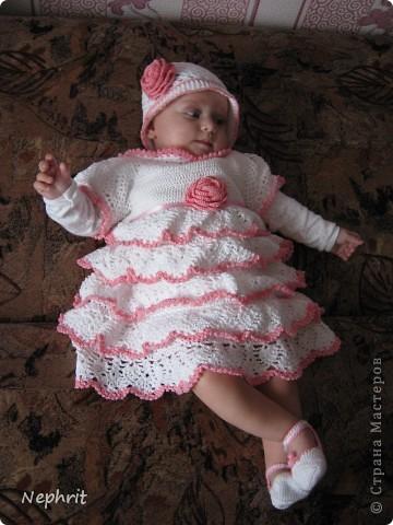 Комплектик на крещение: платье, шапочка и пинетки