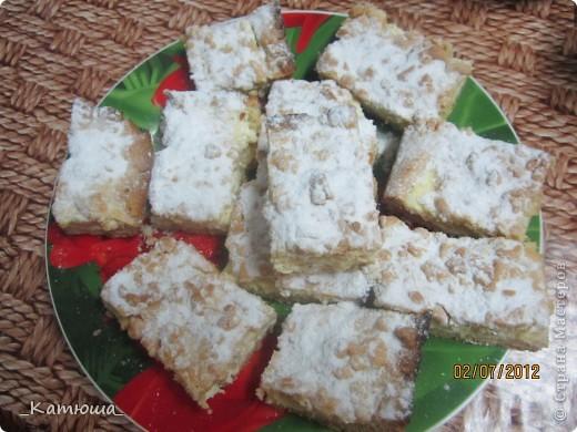Всем добрый вечер=)Недавно я испекла тёртый пирог с творогом.Рецепт взят с сайта вот ссылочка http://nayemsya.ru/vypechka/11430-tertyy-pirog.html фото 2