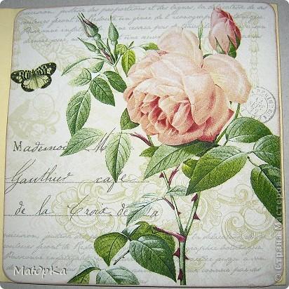 Попалась на глаза вот такая салфетка с 4-мя мотивами... (Это внутренняя часть открытки). Первая открытка-с розой. фото 1