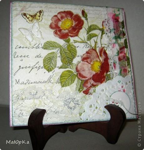 Попалась на глаза вот такая салфетка с 4-мя мотивами... (Это внутренняя часть открытки). Первая открытка-с розой. фото 5