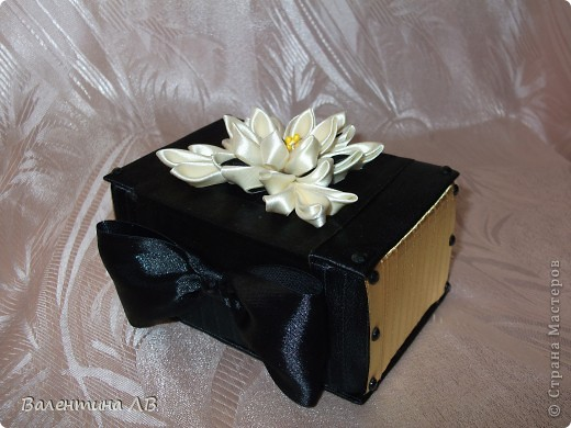 Эту шкатулку делала в подарок подруге. Очень старалась.))) фото 2