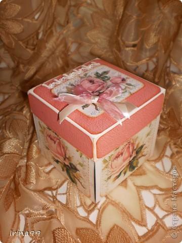 Коробочка сделана на заказ для подруги, как сюрприз. Выбрала свои любимые розы... фото 1