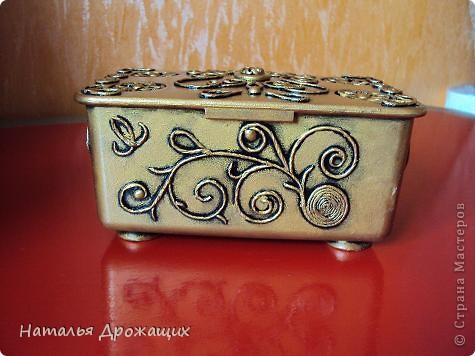 Декор предметов Аппликация из скрученных жгутиков Шкатулка фото 2