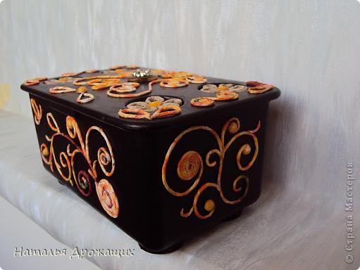 Декор предметов Аппликация из скрученных жгутиков Шкатулка фото 5