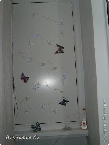 Мой балкон, стрекозы покупные, а вот бабочки из пластиковых бутылок фото 3