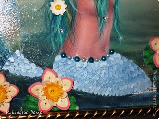 Милые  Мастерицы! На мой юбилей  любимая племянница Лариса подарила панно, которое я сегодня выставляю на ваш суд. В нем есть частичка и моего труда: картинку выбирала я, а  также делала цветы лотоса.  Мне работа очень нравится. Хочется услышать ваше мнение. фото 2