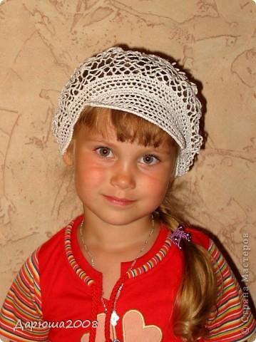 """Давно в голове была мысль связать ребенку что-то воздушное на голову. Вот что скомолилось - кепка типа """"Ирландского кружева"""" с нерегулярной сеткой. Сетка точно нерегулярная, т.к. вязалась впервые, неумело, но что получилось, то и есть:-)) фото 7"""