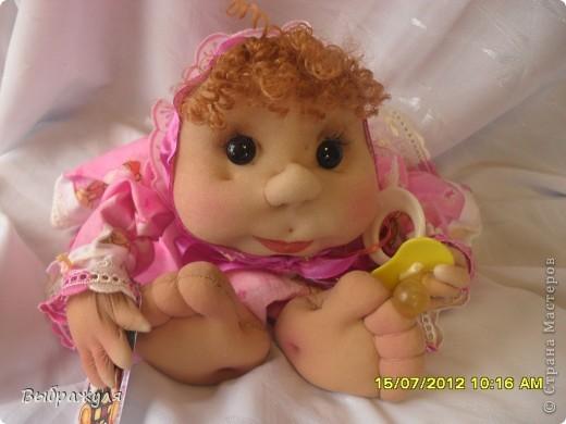 На июньской ярмарке моими работами заинтересовалась хозяйка сувенирного магазина Иркутска. Сделала предложение пошить пробную партию кукол. Вот они готовы в путь. фото 7