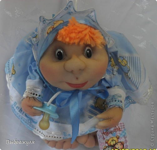 На июньской ярмарке моими работами заинтересовалась хозяйка сувенирного магазина Иркутска. Сделала предложение пошить пробную партию кукол. Вот они готовы в путь. фото 10